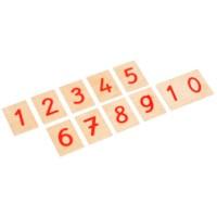 Satz Ziffern auf Holzbrettchen