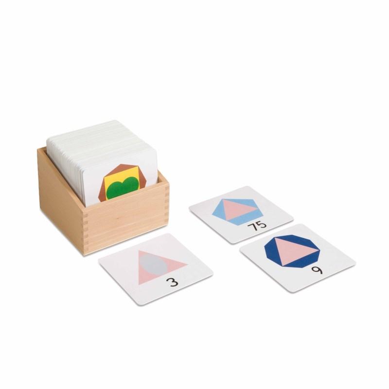 Kasten mit großen Karten mit Teiler