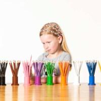 Buntstifte (Satz von 11 Farben in 11 Dosen)